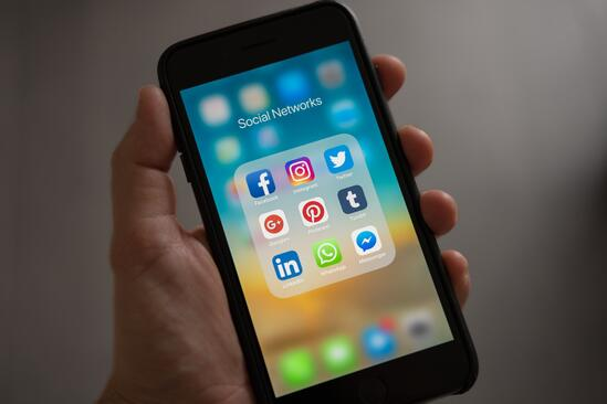 Leading platforms for social video